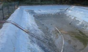 Nettoyage de bassins à Cheval Blanc
